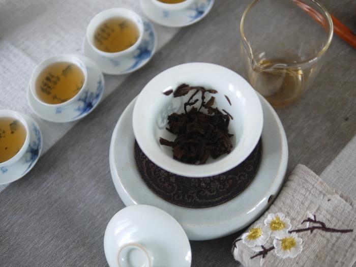 ミニチュアに込められた本物の普洱茶_a0169924_22442106.jpg