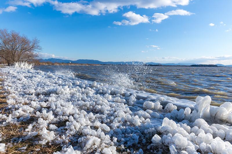 夕刻の飛沫氷(琵琶湖)_f0155048_22462965.jpg
