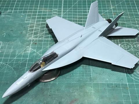 """アカデミー 1/72 F/A-18E VFA-195 \""""チッピー・ホー!\"""" 2012(完成)_b0055614_19110176.jpg"""
