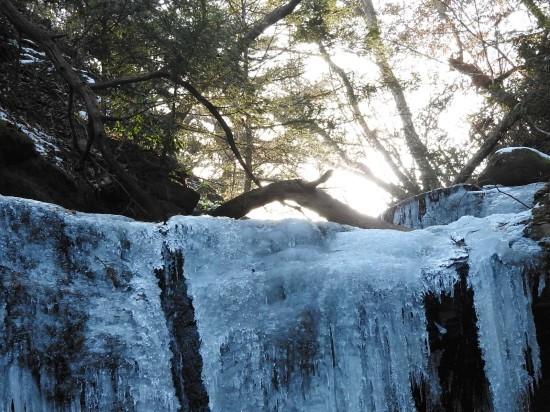氷瀑の音_e0406450_16054494.jpg