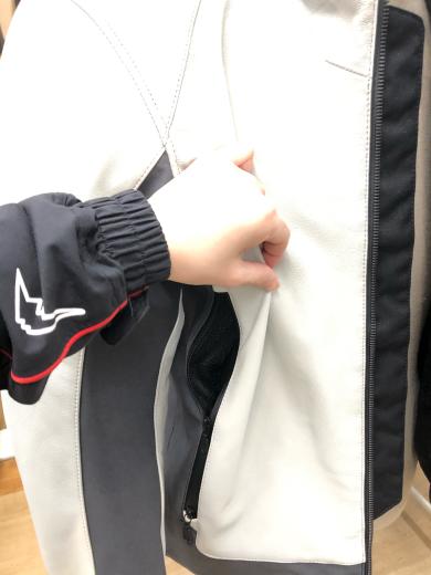 【クシタニ】レギュレーターライトジャケット入荷_b0163075_14452860.jpg