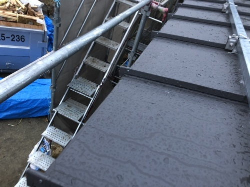 笛吹市 ブラックの屋根 其の六_b0242734_20583500.jpeg