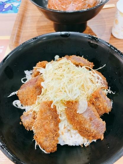 ローストビーフ丼やまと  _c0035078_19121077.jpg