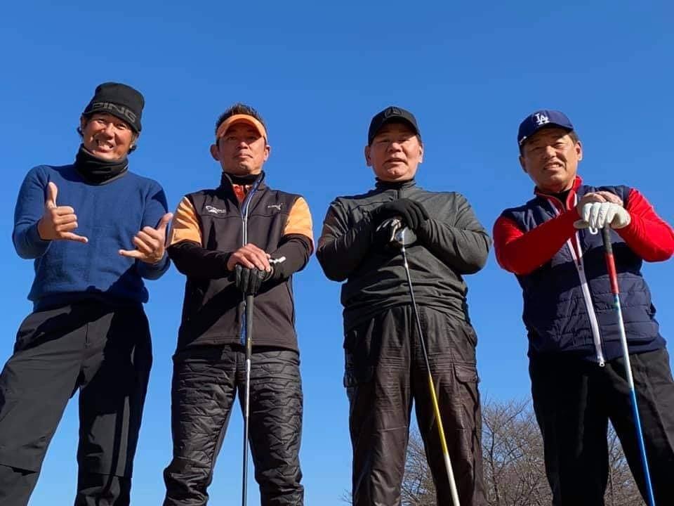 牧野さん、石黒ちゃん、お二人と親しい藤井誠プロとラウンドさせていただきました。とても勉強になりました。_c0186691_15093913.jpg