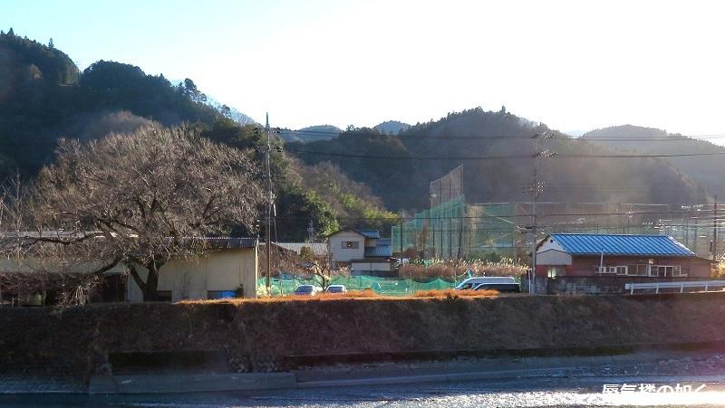 「ゆるキャン△S2」舞台探訪02 身延町で、なでしこ・恵那・千明・あおい・りんのバイト先(第1話2/3)_e0304702_11580275.jpg