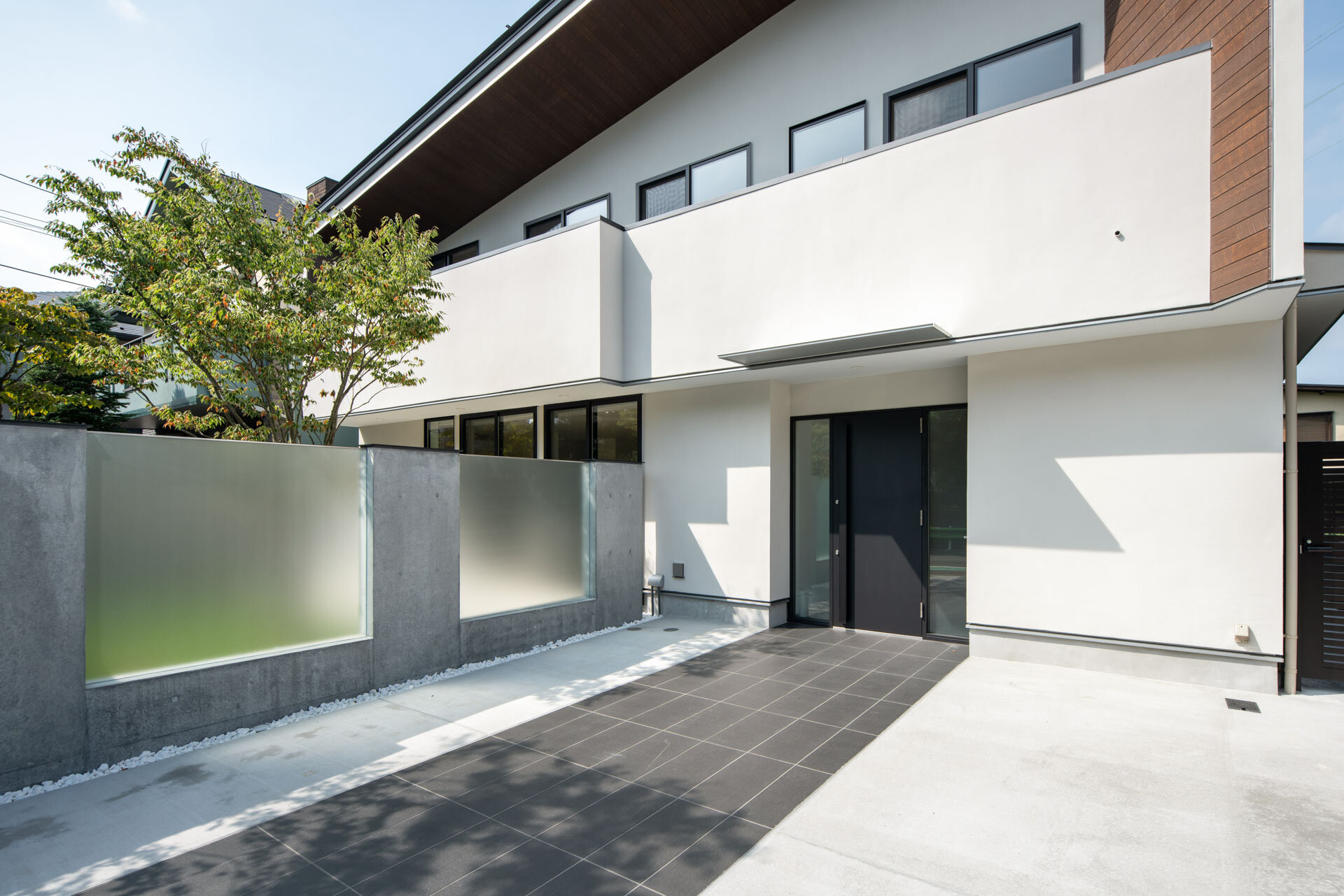 成城の家 website掲載_b0144558_16524087.jpg