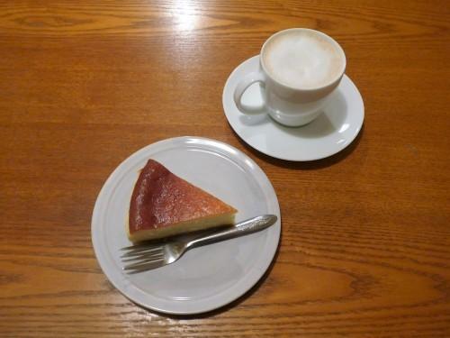 吉祥寺「オクワ酒屋」(喫茶オクワ)へ行く。_f0232060_22173690.jpg