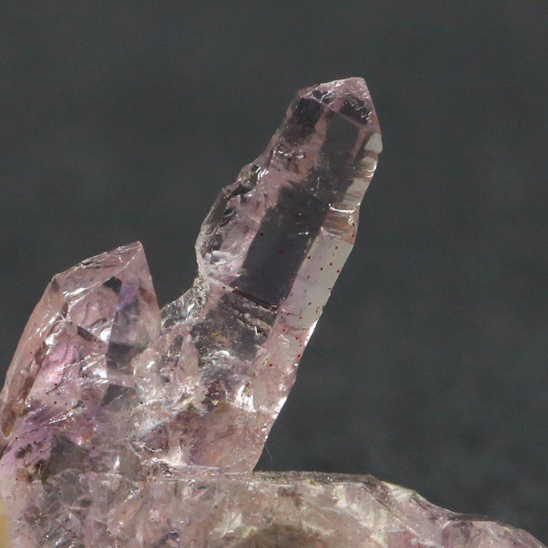 個性の塊!インド産エレスチャルアメジストの原石_d0303974_17265826.jpg