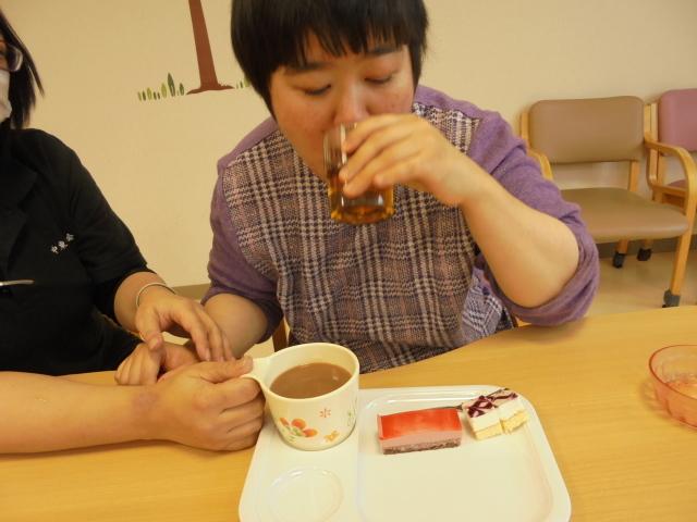 満日喫茶_e0348093_14550881.jpg