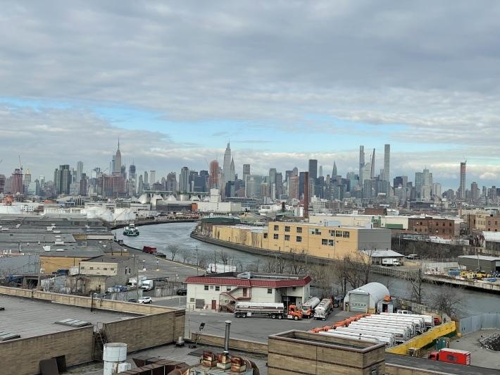 マンハッタンの景色を見ながらウォーキング_b0130809_03452130.jpeg