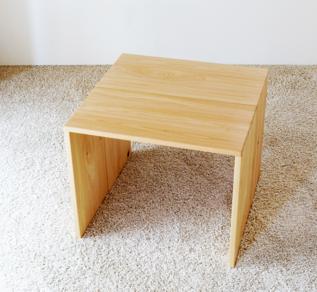 多目的な テーブル・机_c0138410_14492354.jpg