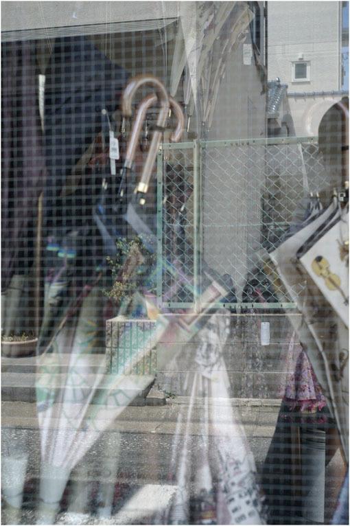 879.02 出ていけ(2020年6月15日エルマー35mmF3.5の大阪梅田は地味だけど、余裕)2 ジェイ・シルベリア校長_c0168172_22205812.jpg