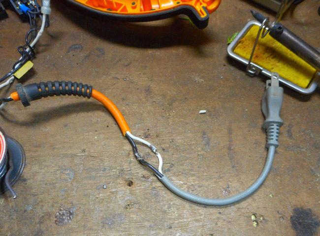 ヘッジトリマーの修理_c0081499_17514727.jpg