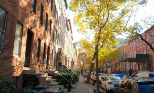 じわじわ、じっくりニューヨークの壁画巡り、チェルシー編(2)歴史地区_b0007805_21375808.jpg
