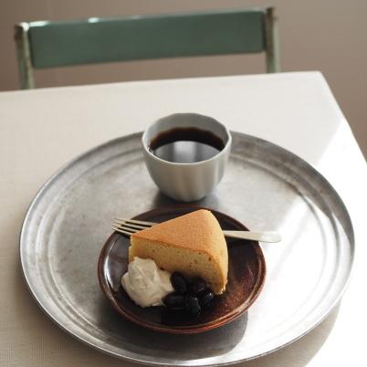 ケーキと2月の営業日_b0206421_14360327.jpg
