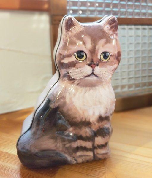 猫ちゃんお菓子缶_d0345667_12541604.jpg