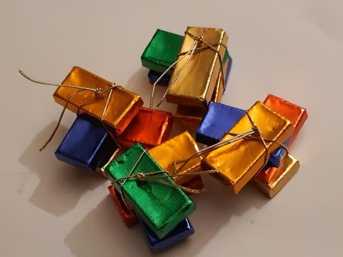 フランス人へのプレゼントに迷ったら...ショコラ_d0379171_12544492.jpg
