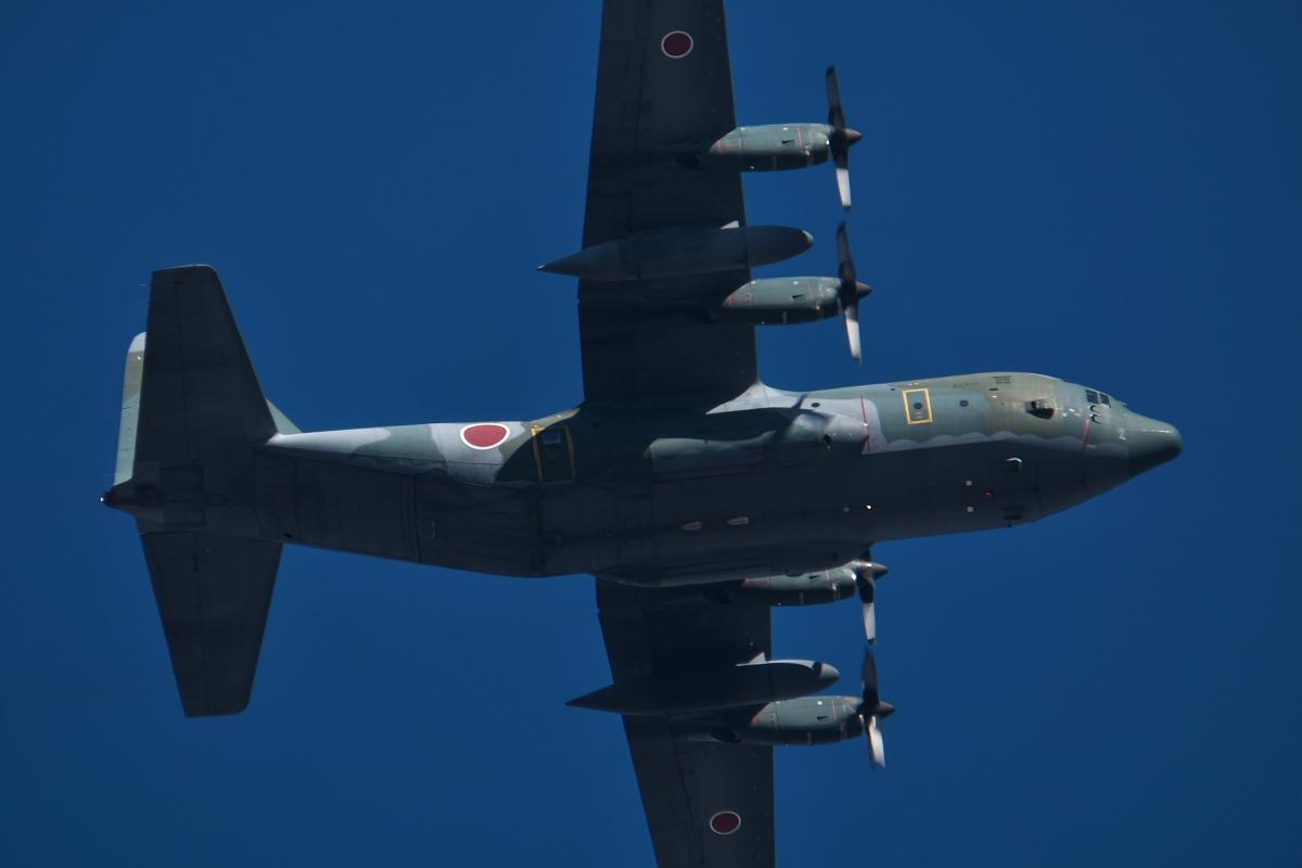 2021年の空挺降下始め本番に向けてC-130・C-1・C-2が真上を通過_d0137627_17430775.jpg