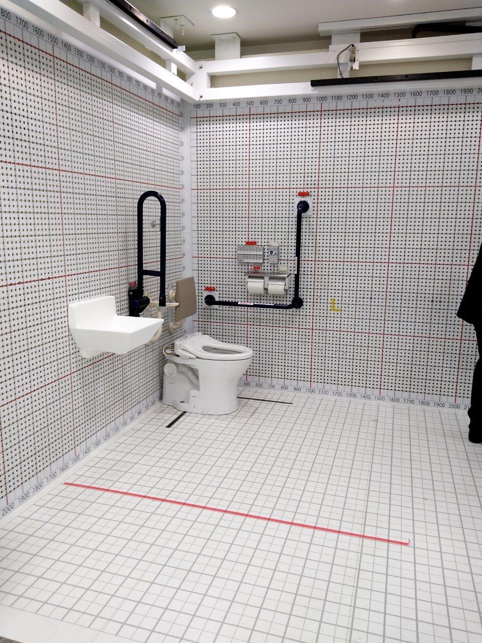 トイレを考える_a0355629_09011170.jpg