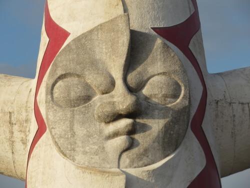 50年ぶり、間近に見る「太陽の塔」!(大阪万博公園にて)_a0279738_14325105.jpg