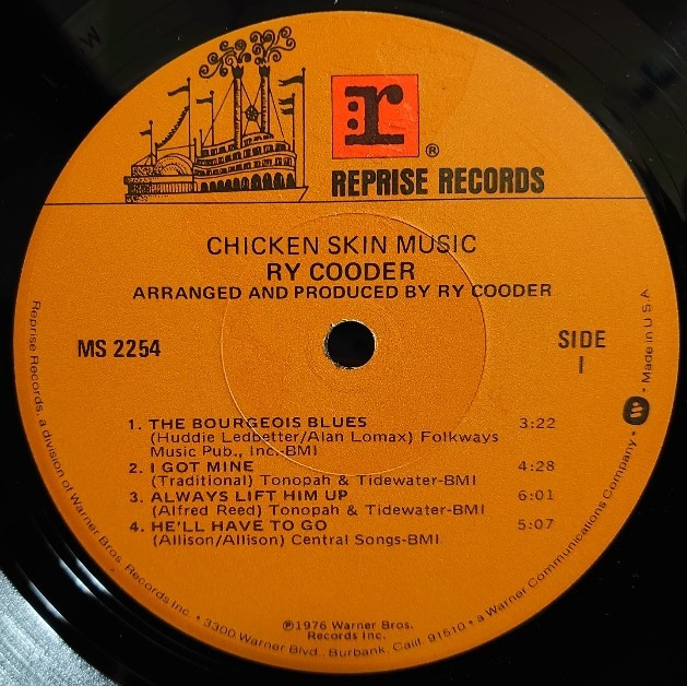 Ry Cooder その5   Chicken Skin Music_d0335744_20533806.jpg