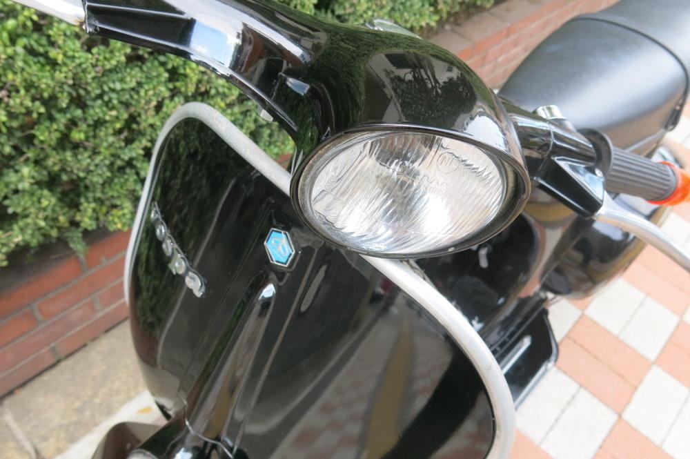 ベスパ50Sブラック販売車両♪_b0117797_18435731.jpg