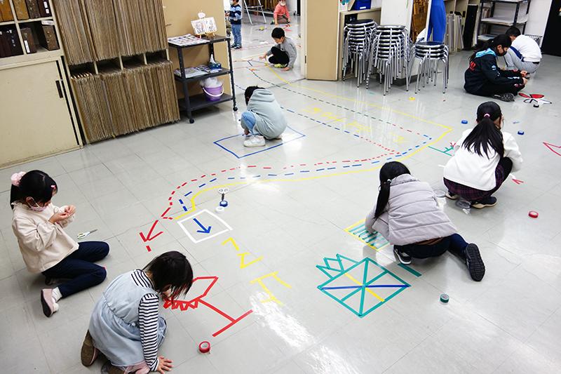 児童画クラス「テープアート」ご紹介_b0212226_21164516.jpg