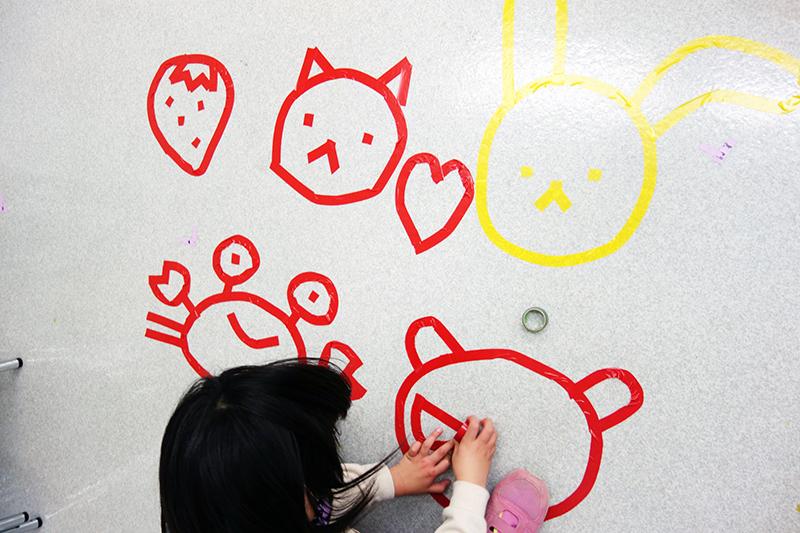 児童画クラス「テープアート」ご紹介_b0212226_21180737.jpg