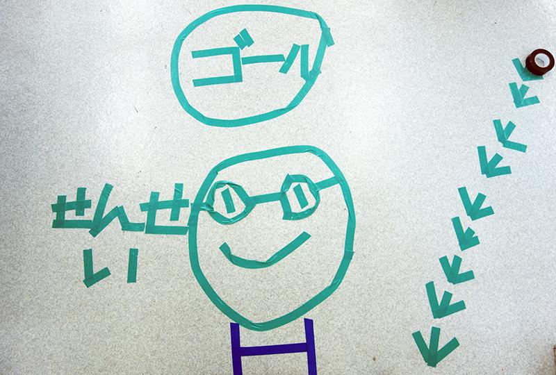 児童画クラス「テープアート」ご紹介_b0212226_21210020.jpg