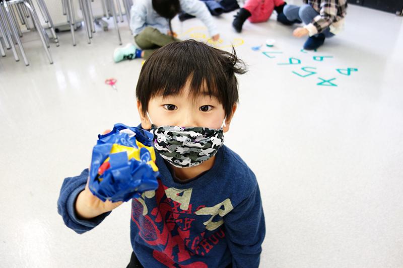 児童画クラス「テープアート」ご紹介_b0212226_21262684.jpg
