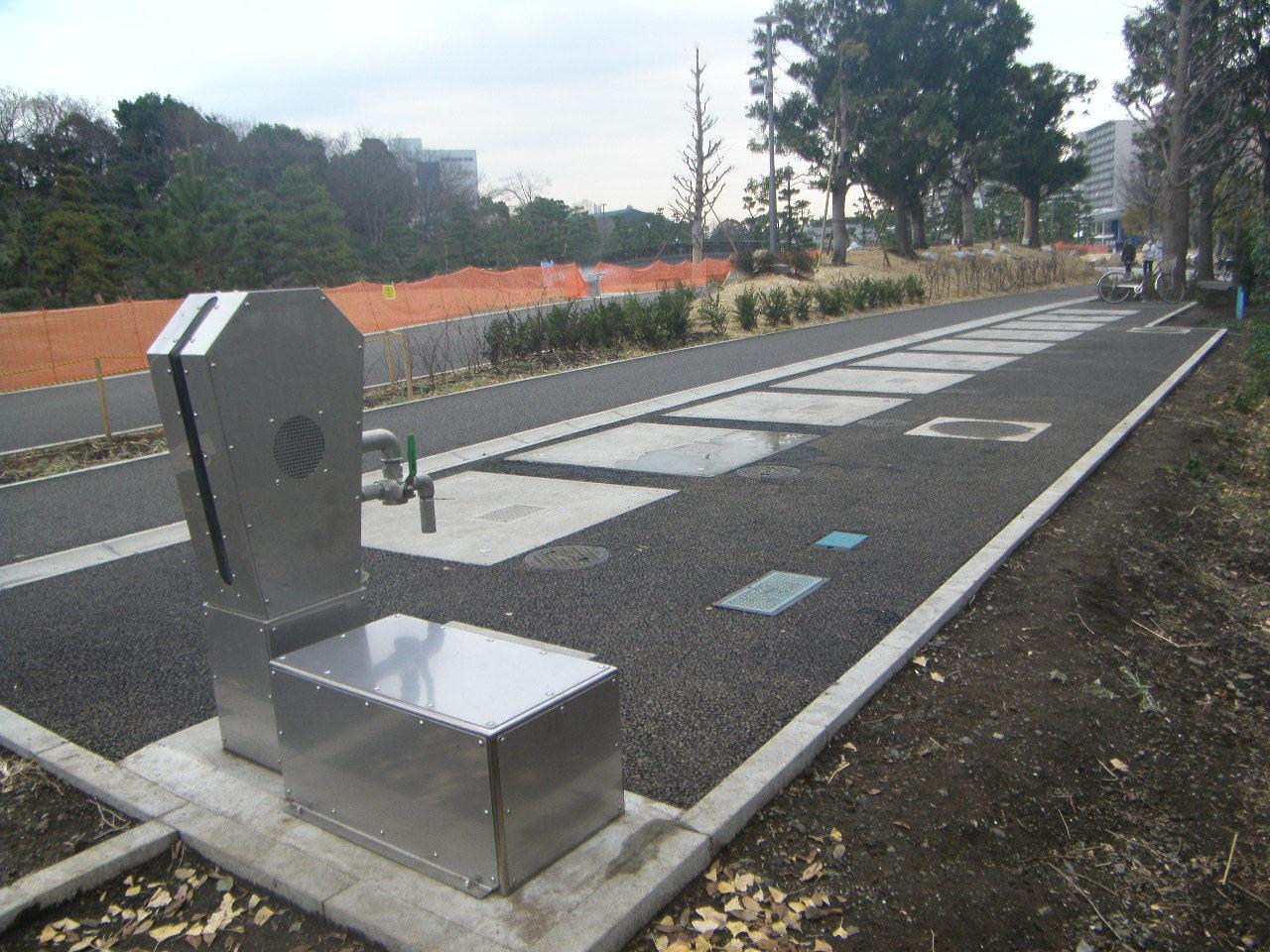 しながわ区民公園イドテックトイレ 10基完成しました。_b0170161_06194307.jpg
