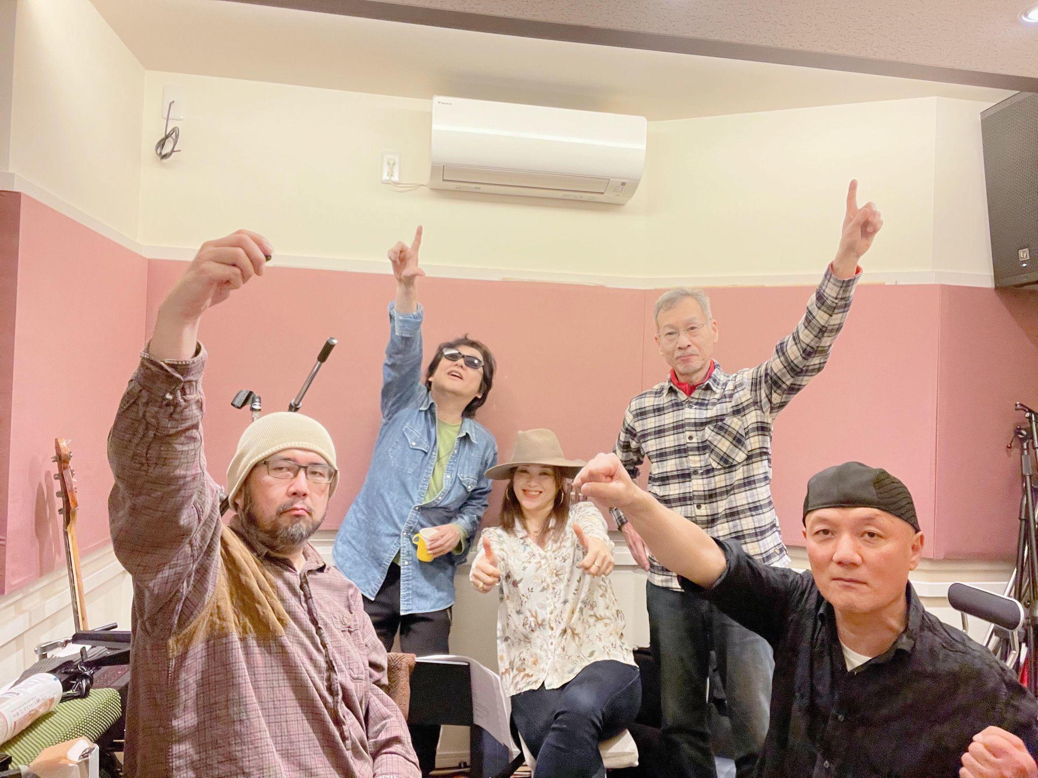 Kin☆Cherry #19「すれ違い」(西城秀樹)公開しました~!_a0088007_23472507.jpg