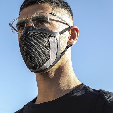 オークリー・新型マスク、ご予約開始_f0251601_14071651.jpg