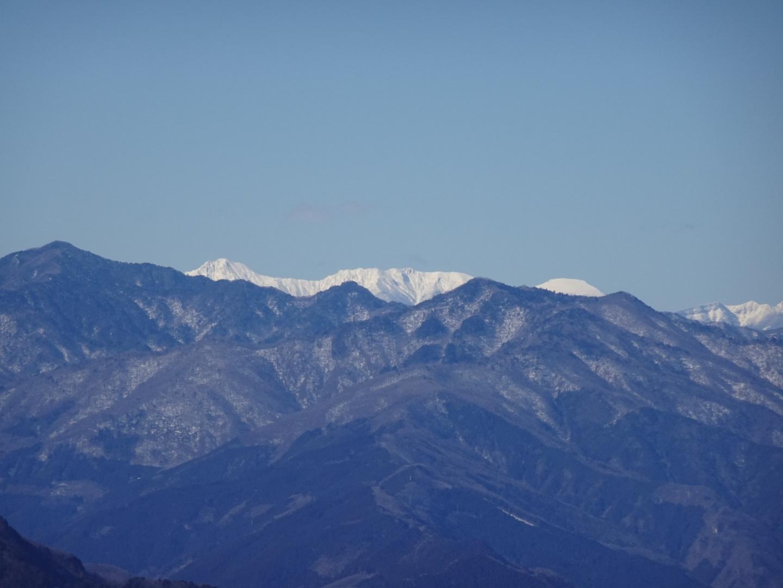 雪の大持山・小持山・武甲山周回。_a0138134_11400187.jpeg