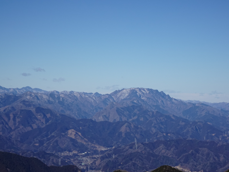 雪の大持山・小持山・武甲山周回。_a0138134_11405040.jpeg