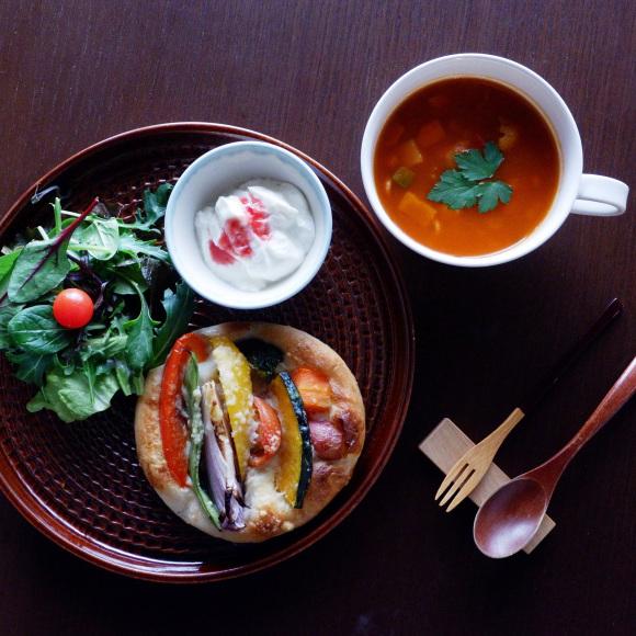 パンとスープのうつわ展ー中曽智子ー_d0239140_11495291.jpg