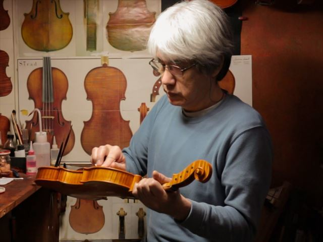 ヴァイオリンのニス、磨き作業のご紹介_d0047461_05464818.jpg