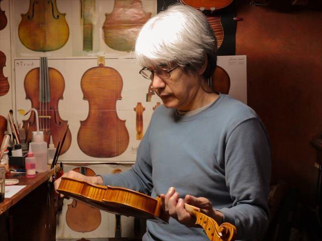 ヴァイオリンのニス、磨き作業のご紹介_d0047461_05472409.jpg