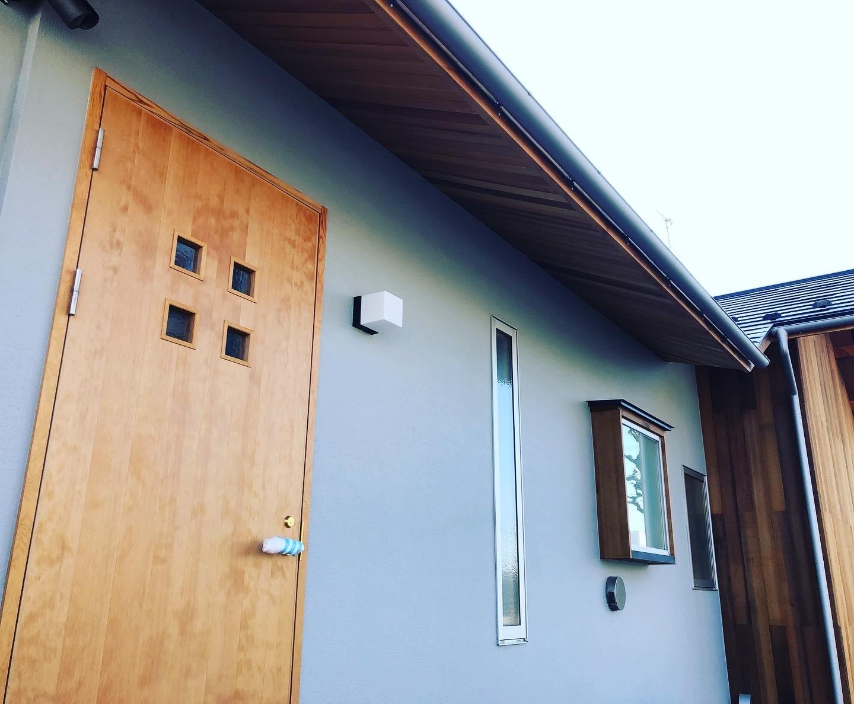 外壁、外構工事 色合わせ_a0129492_15483858.jpeg