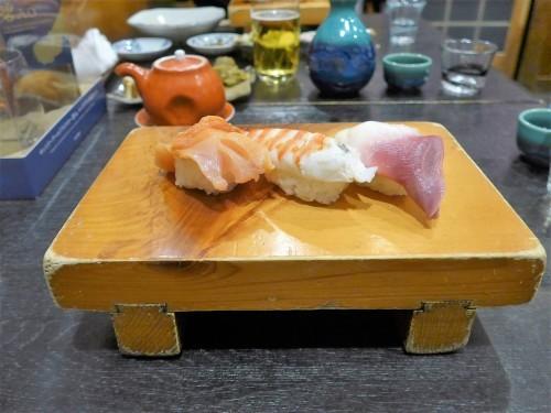 住所非公開「ボブ寿司」へ行く。_f0232060_22493333.jpg