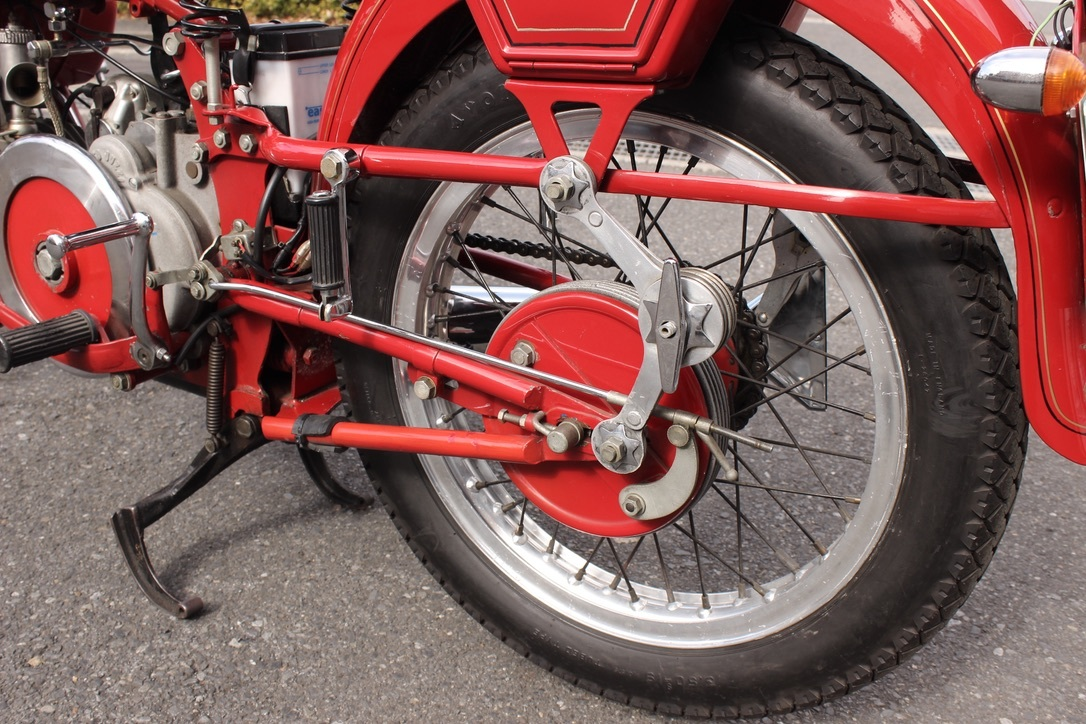Moto Guzzi Falcone Sport 入庫_a0208987_14360240.jpeg
