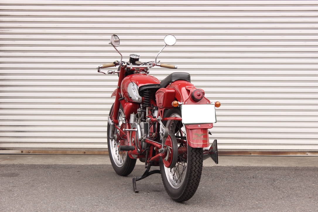 Moto Guzzi Falcone Sport 入庫_a0208987_14362346.jpeg