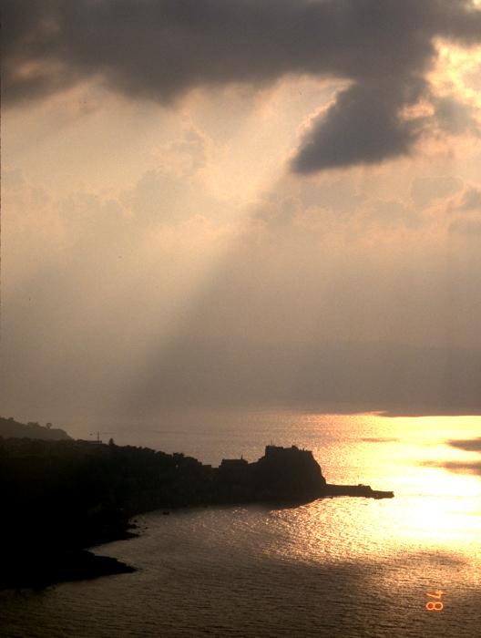 タオルミーナで予定大変更・海を渡ってサルデニアへ_f0103459_13362884.jpg