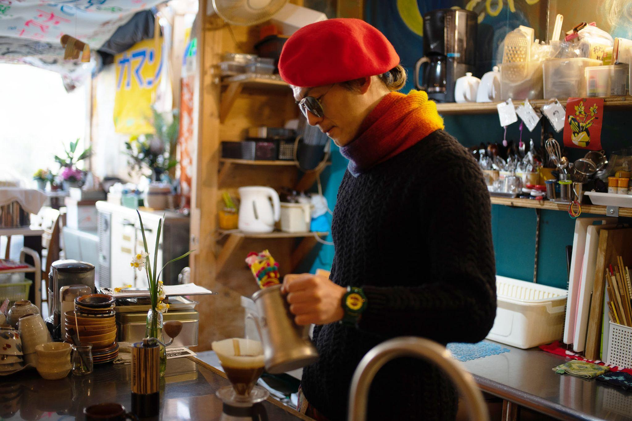 TURN LAND「お金をとらない喫茶展3 ~in my brain〜」_a0021670_12441117.jpg