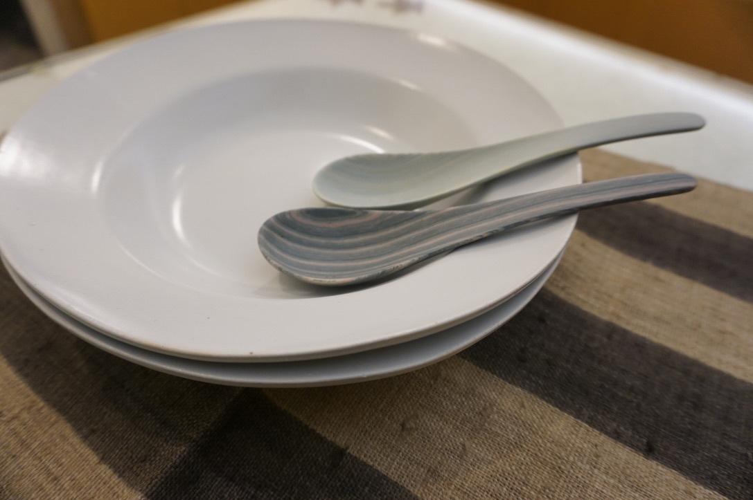 大江憲一さんのスープ皿とスプーン_b0132442_18300731.jpeg