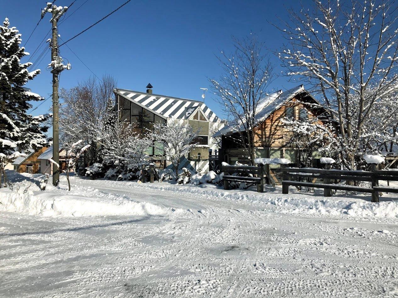 自邸の積雪状況2021/3_c0189970_11593675.jpg