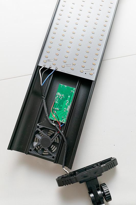 2021/02/12 LP8060B Amazonで購入した安い60W LEDライト_b0171364_23520490.jpg