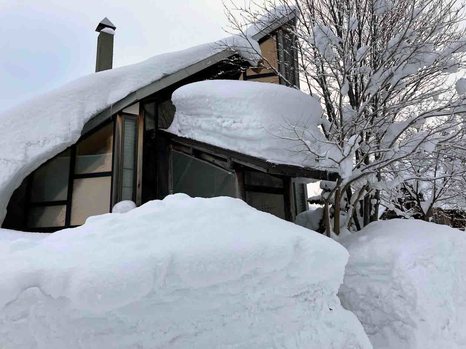 自邸の積雪状況2021/3_c0189970_09295451.jpg