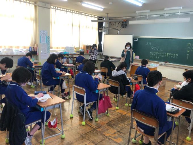 富岡小学校でカレーのお話_d0182179_06090812.jpg