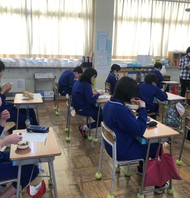 富岡小学校でカレーのお話_d0182179_08350955.jpeg